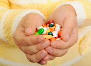 médicament, centre antipoison, sirop de charbon, comprimé, prévenir les intoxications médicamenteuses