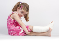 fracture, plâtre, immobiliser bras ou jambe,  radiographie, paracétamol