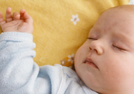 mort subite, nourrisson,  coucher sur le dos,  comment coucher un bébé, prévenir